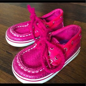 Sperry baby girls size 2 shoes metallic slip on